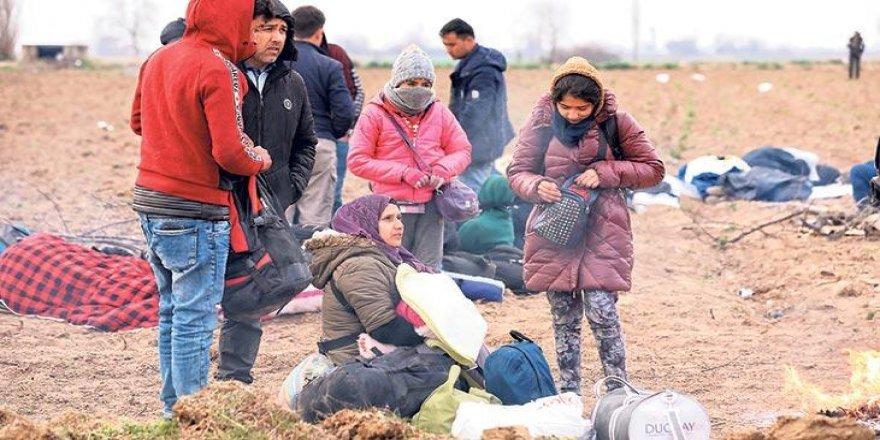 Gönüllüler seferber oldu evlerini göçmenlere açtılar