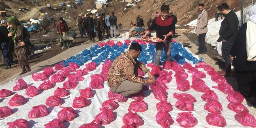 Koronavirüs belasına karşı 180 kurban kesip fakirlere dağıttılar