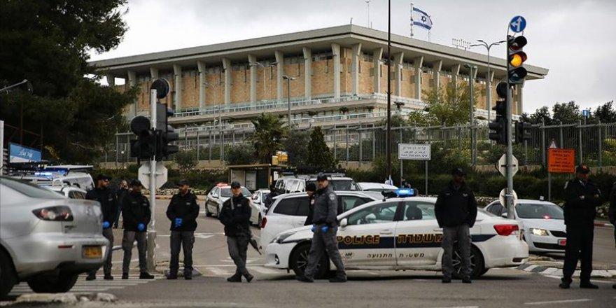 İsrail'de Kovid-19 vaka sayısı 3 bin 619'a yükseldi