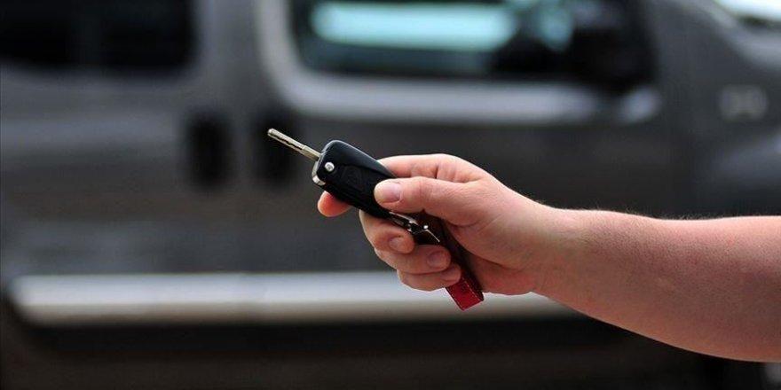 Otomobilinizi emanet olarak başkasına vermeyin uyarısı