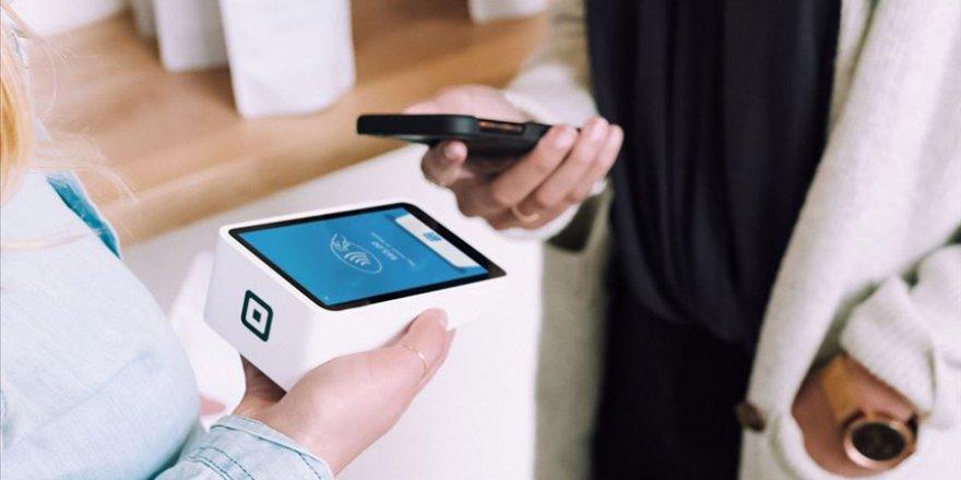 Sosyal mesafe uygulaması yemek kartlarında temassız ödeme kullanımını artırdı