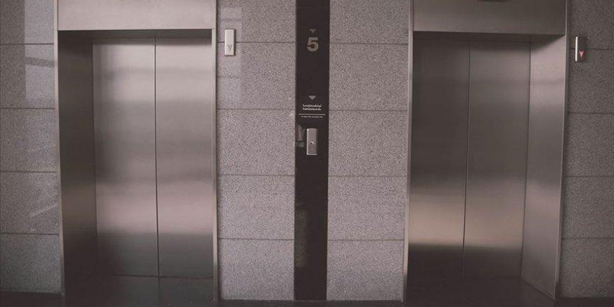 Asansörlerde Kovid-19'a karşı alınması gereken önlemleri açıklandı