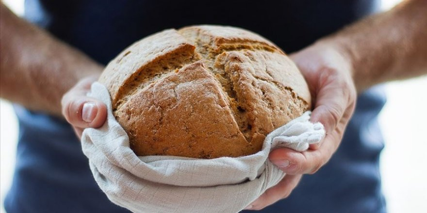 Koronavirüs ile evde ekmek yapımı arttı