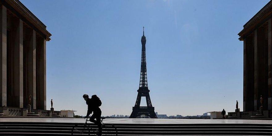Fransa'da Kovid-19 nedeniyle ölenlerin sayısı 4 bini aştı