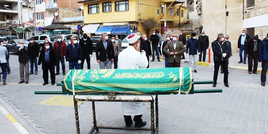 Koronavirüs gibi salgın durumunda cenaze namazı ve defin işlemleri nasıl yapılmalı?