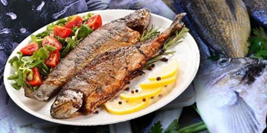 Balık, COVID-19'a karşı vücut direncini artırıyor