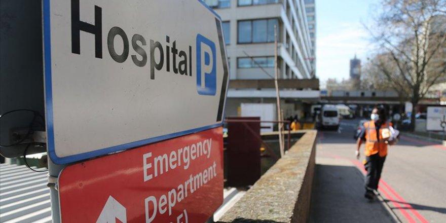 İngiltere'de Müslüman doktorlar, Kovid-19 kurbanı ilk sağlık çalışanları oldu
