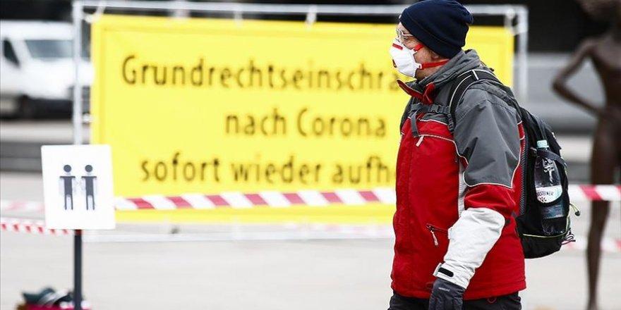 Almanya'da Kovid-19 vaka sayısı 100 bini aştı