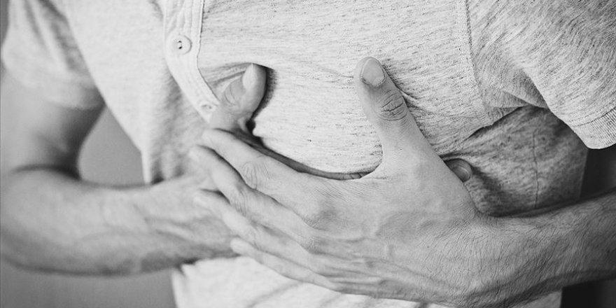 Çarpıntı kalp damar hastalığının habercisi olabilir