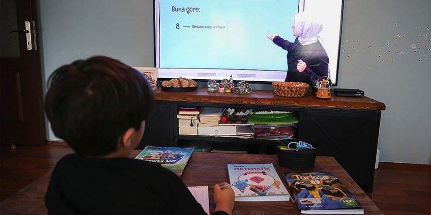 MEB uzaktan eğitimin kazanım düzeyini ölçecek