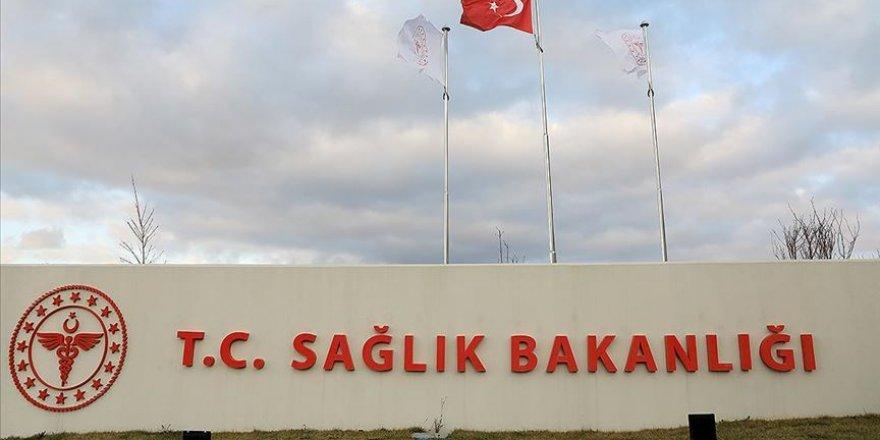 Türkiye'de 1212 kişide daha Kovid-19 tespit edildi