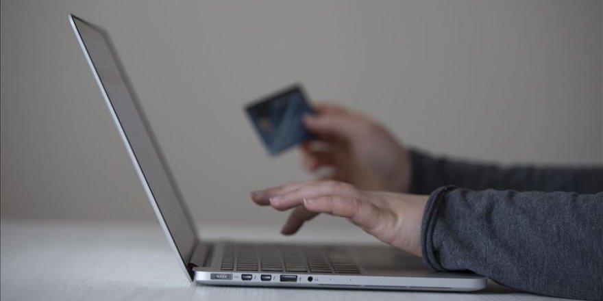 Yemeğin yüzde 18'ini yemek kartı ve online sipariş siteleri yiyor