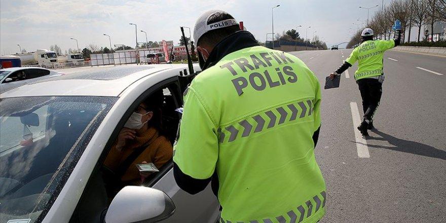 Mahkeme, araçta maske takılmadığı için verilen cezayı iptal etti