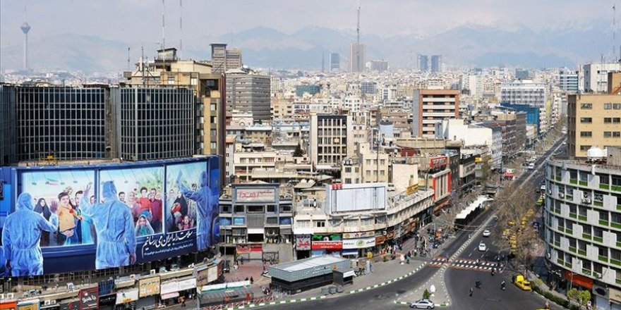 İran'da maske takma zorunluluğu getirildi