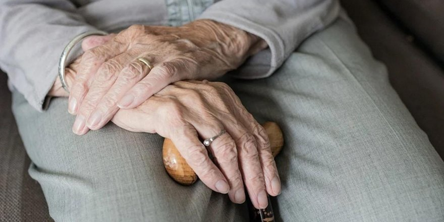 65 yaş ve bireylere 'sarı nokta hastalığı' konusunda uyarı