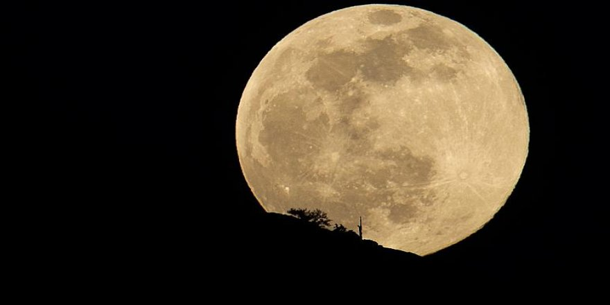 Dünya, Süper Ay'ı izlemeye hazırlanıyor