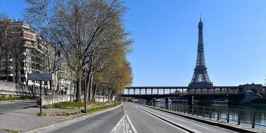 Fransa'da Kovid-19'a bağlı can kaybı 30 bin 209'a yükseldi