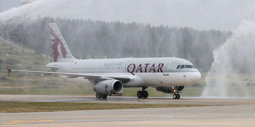 Katar'dan Kovid-19'la mücadele eden sağlık çalışanlarına 100 bin uçak bileti