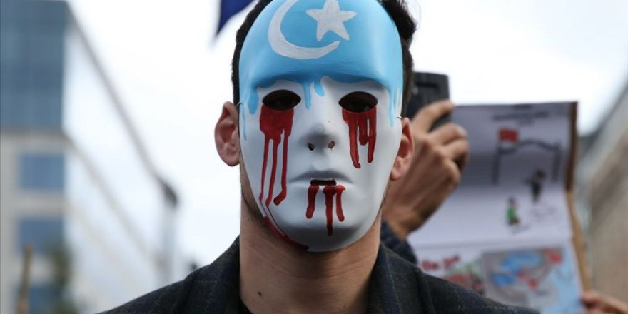 Çin, kamplardaki Uygur Türklerini fabrikalara göndermeye hazırlanıyor