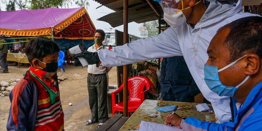 Nepal'de uygulanan sokağa çıkma yasağı kaldırıldı