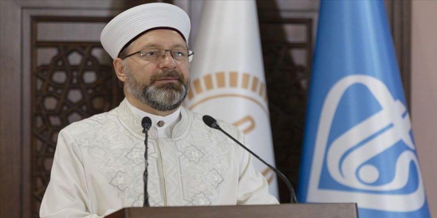 Yarın İstanbul'da Fatih Camisi'nde cuma namazını kılacağız