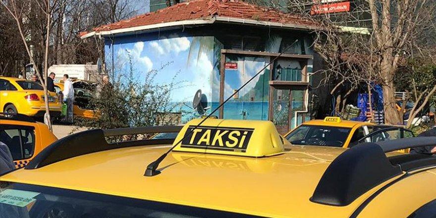 Taksiciler Kooperatifi'nden ''farklı ücret tarifesi'' iddialarıyla ilgili açıklama