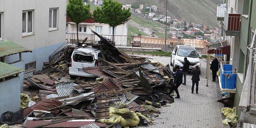 Şiddetli rüzgar 5 ilde hayatı etkiledi