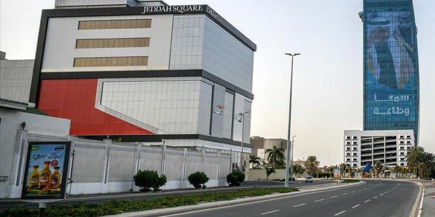 Suudi Arabistan Kovid-19 sonrası kamuda aşamalı normalleşmeye geçiyor