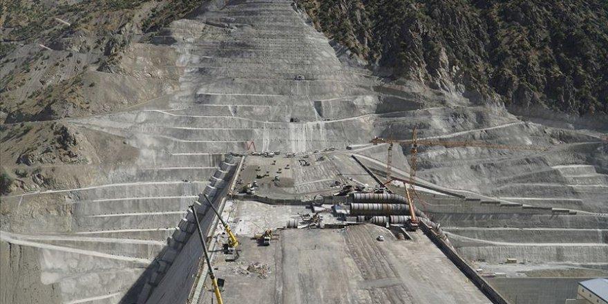 Çetin Barajı'nda enerji üretimi başladı