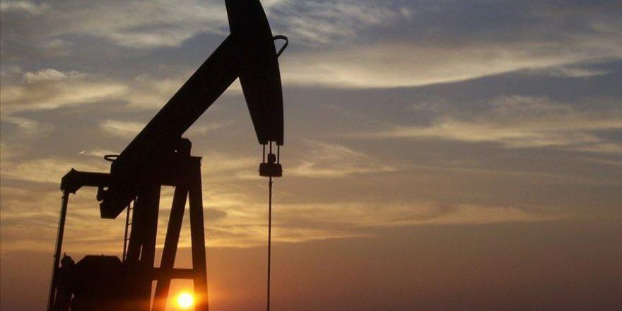 Mayıs'ta petrol ithalatı yüzde 22,7 azaldı