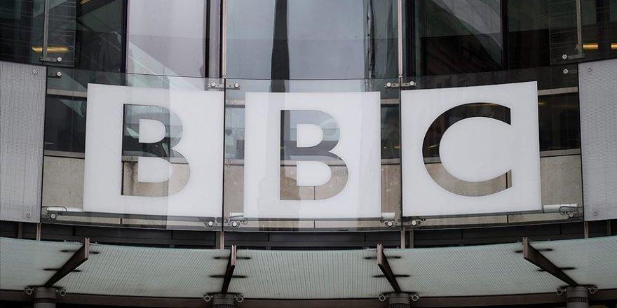 BBC, Türkiye'nin Kovid-19'la mücadeledeki başarısını övdü