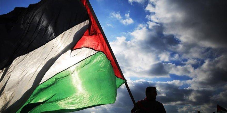 Filistin İsrail'den mayıs ayı vergi geliri ödemesini teslim almayı reddetti