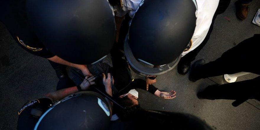 ABD'de polisin aşırı güç kullanmasını engelleyen yasa tasarısı onayladı