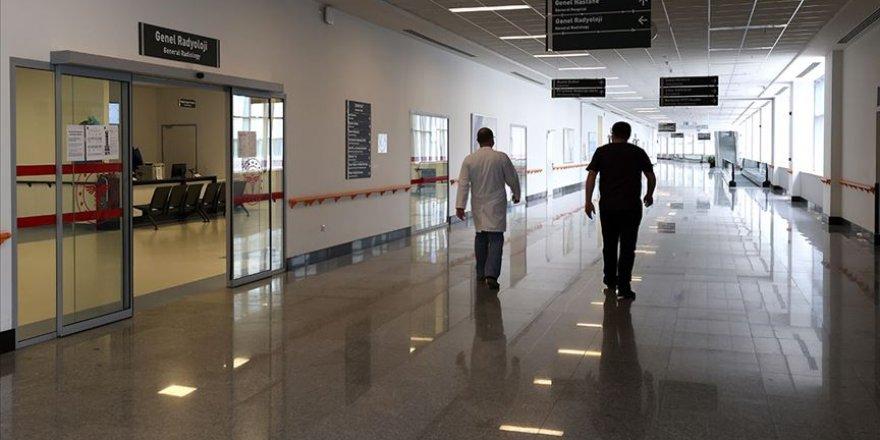 Hastanelere randevusuz gelinmemesi uyarısı yapıldı