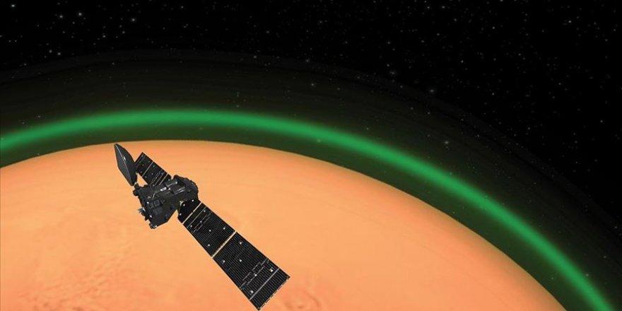 NASA Mars'tan görseller paylaştı