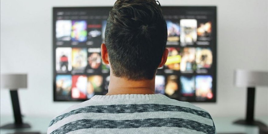 TV ve telefonu az seyretmek hastalık risklerini düşürüyor