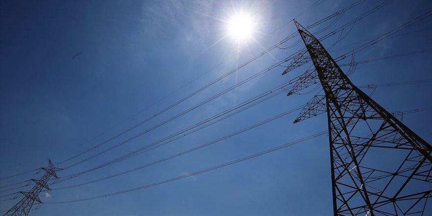 Mayıs'ta elektrik üretimi yüzde 17,8 azaldı