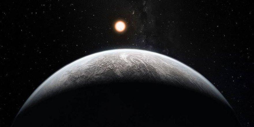 'Pamuk şekeri gezegen' WASP-107b'nin şimdiye kadarki en hafif  dev' gezegen olduğu keşfedildi