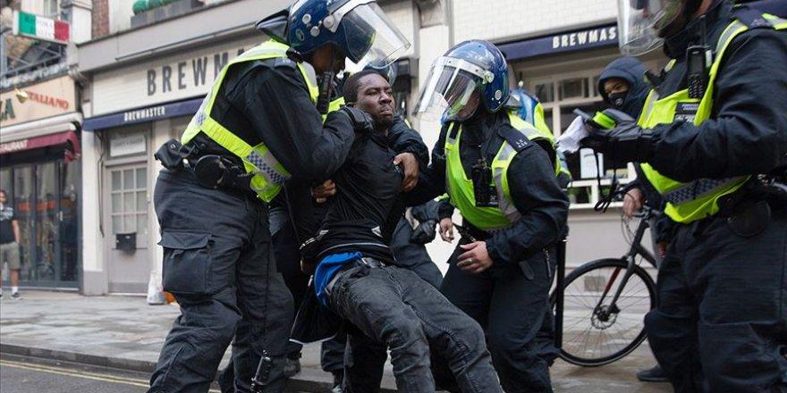 Karantina sürecinde Avrupa polisinin ayrıcılığı ortaya çıktı