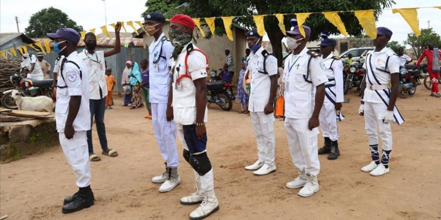 Nijerya'nın Müslüman Gençleri: Sadece Allah rızası için!