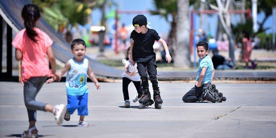 Çocuklar güneş çarpmasında risk grubunda