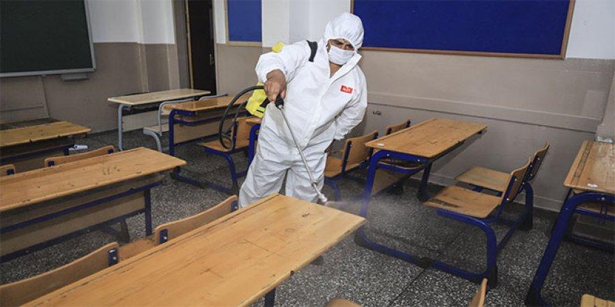 YKS sonrası sınıflara dezenfeksiyon yapıldı