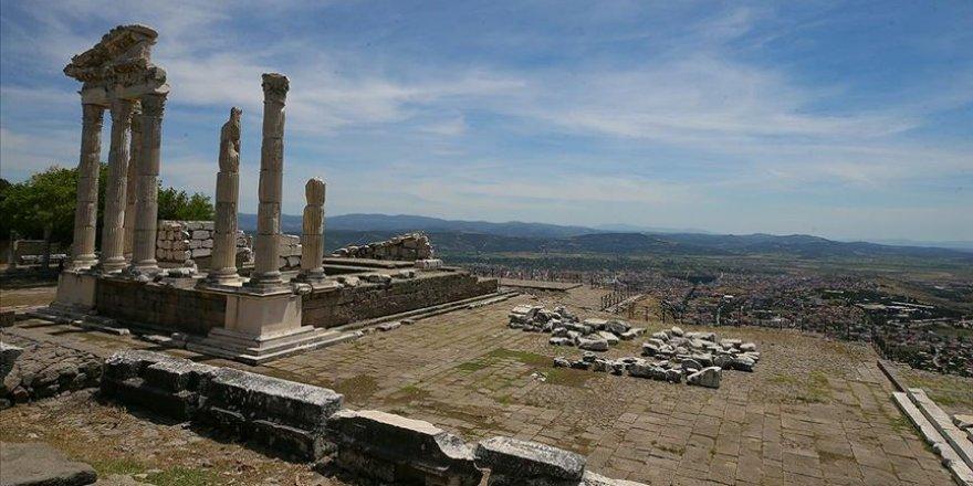 Dünya mirası Bergama'da tarihe ışık tutacak yeni buluntular rastlandı