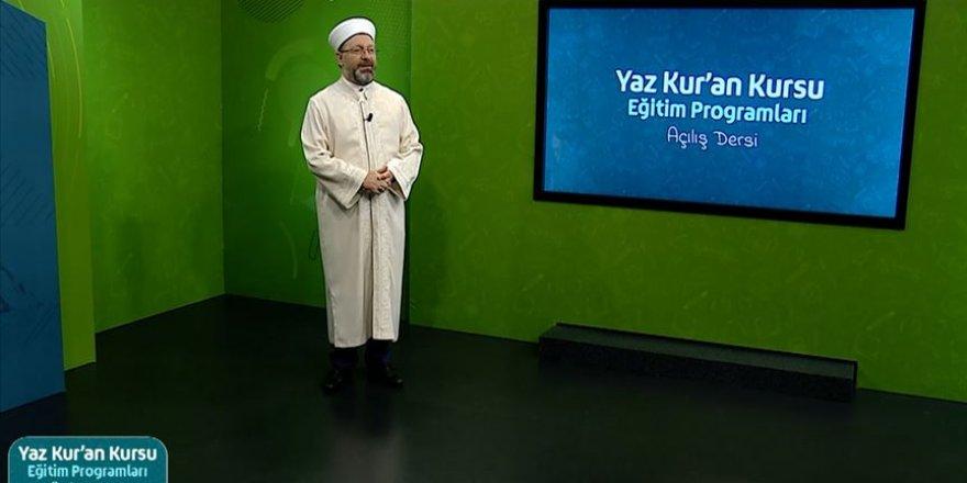 Uzaktan eğitimle 6 hafta sürecek 'Yaz Kur'an Kursları' Diyanet TV'de başladı