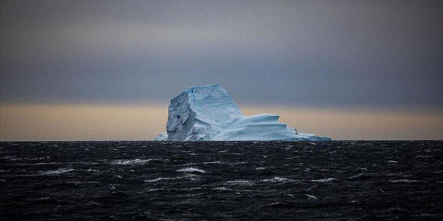 Güney Kutbu'nda sıcaklıklar küresel ortalamadan üç kat daha fazla artıyor