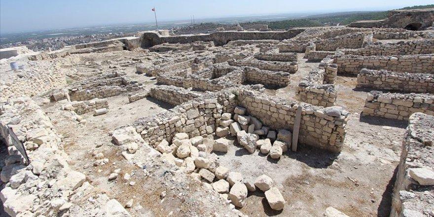 Tarihi kalede sezon kazıları başladı