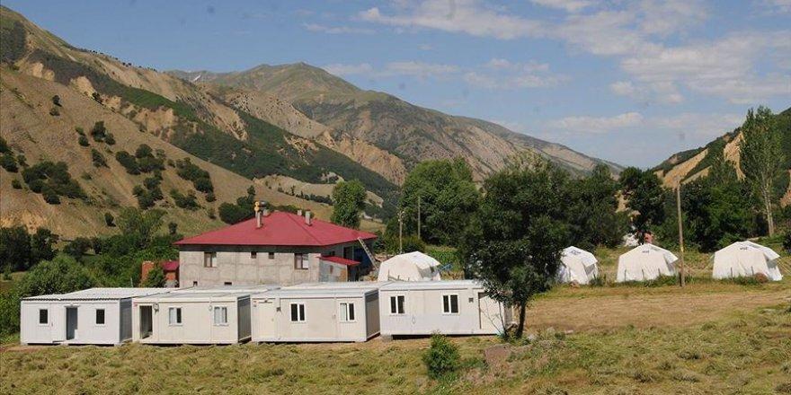 Bingöl'de depremzedeler için konteyner evler kuruluyor