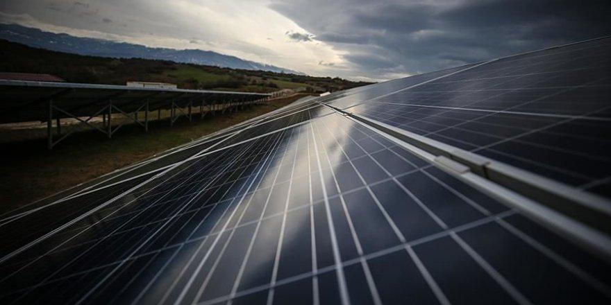 Türkiye'nin ilk güneş paneli üretim fabrikası açılıyor