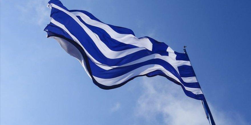 Yunanistan'da Kovid-19 vakalarındaki artış sebebiyle tedbirler artırılıyor