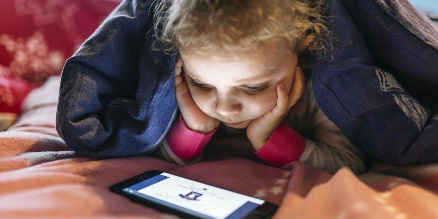 Ebeveynlerin yüzde 39'u çocukların ne izlediğinden habersiz